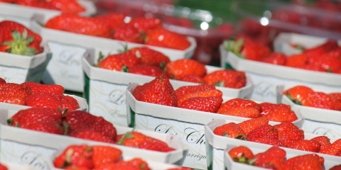 Strawberries Bonnieux Market